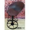 Loft / Industrial / Vintage Barhocker aus altem Traktorsitz / Schleppersitz / Sitzschale und altes Stahlrad