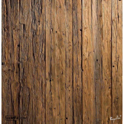 handgehackte Wandpaneele aus Altholz
