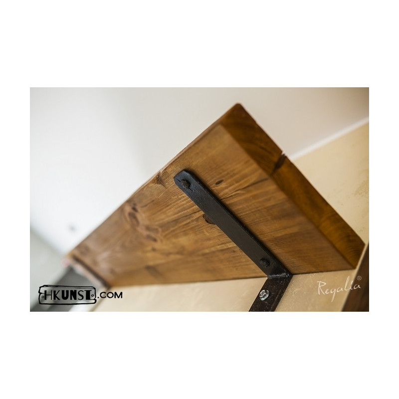 regalbrett aus altholz mit haken aus altmetall. Black Bedroom Furniture Sets. Home Design Ideas