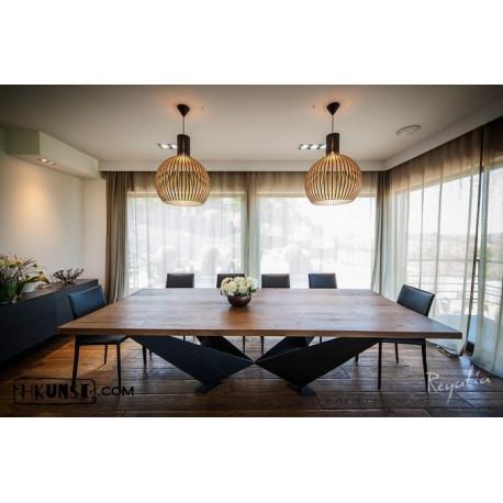 Massivholztisch aus 100% Altholz, Eiche - Moderne Recyclingmöbel