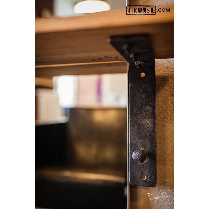 einmaliges regalbrett nach ma mit antik n gel und altmetall. Black Bedroom Furniture Sets. Home Design Ideas